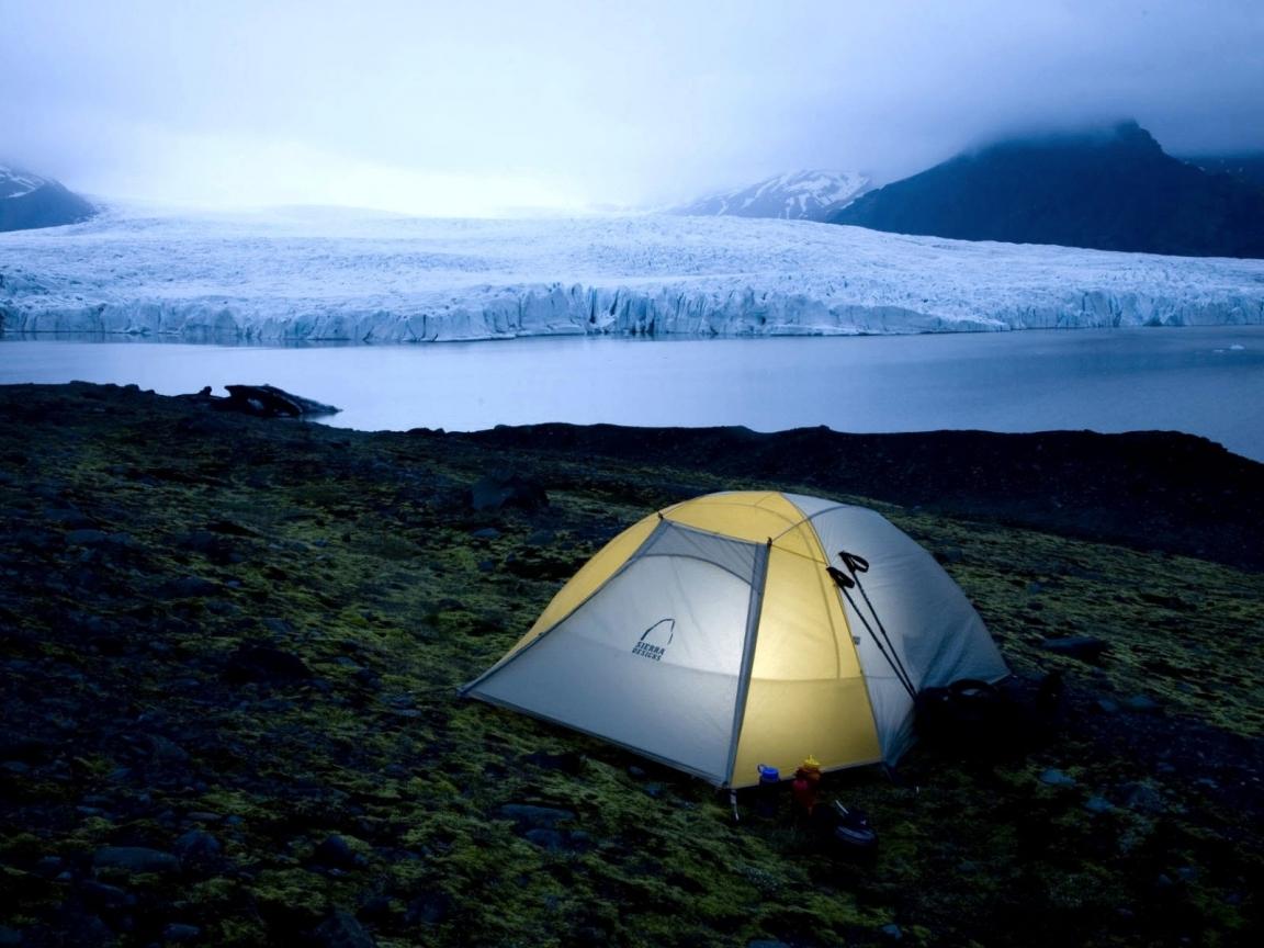 Acampando en el frio - 1152x864
