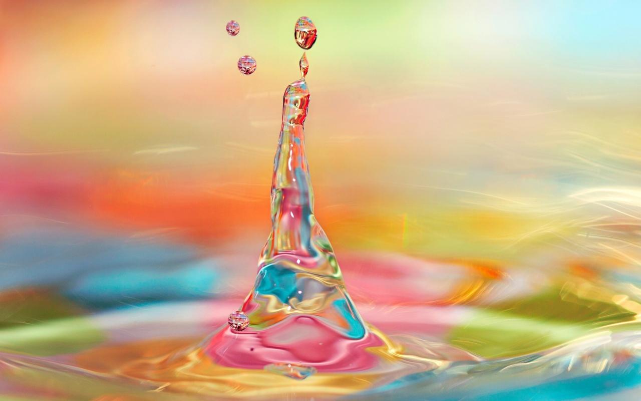 Agua y luces de colores - 1280x800