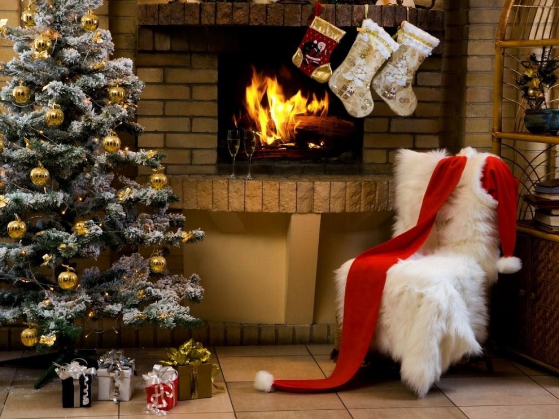 Arbol de navidad en interior de casa - 1152x864