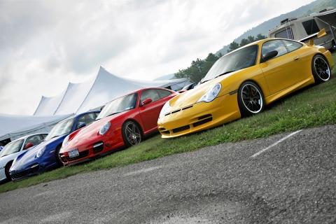 Autos Porsche de colores - 480x320