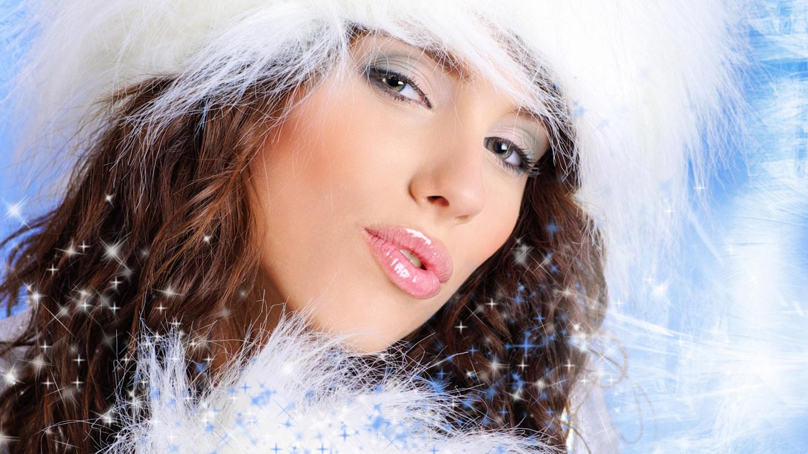 Bello rostro de mujeres en navidad - 1600x900