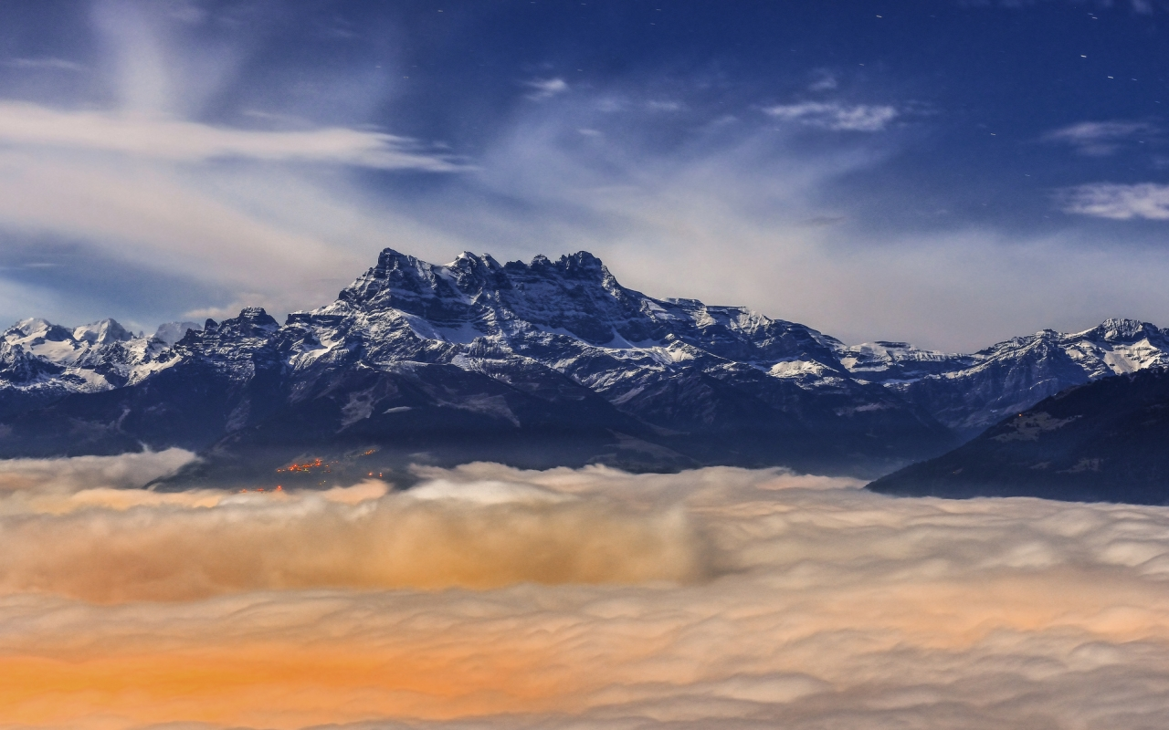 Cordillera de los Andes en Perú - 1280x800
