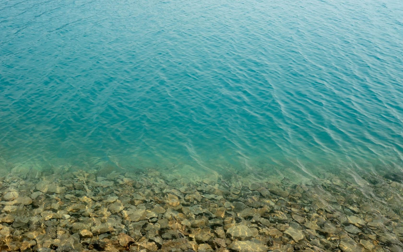 El agua de los lagos - 1680x1050