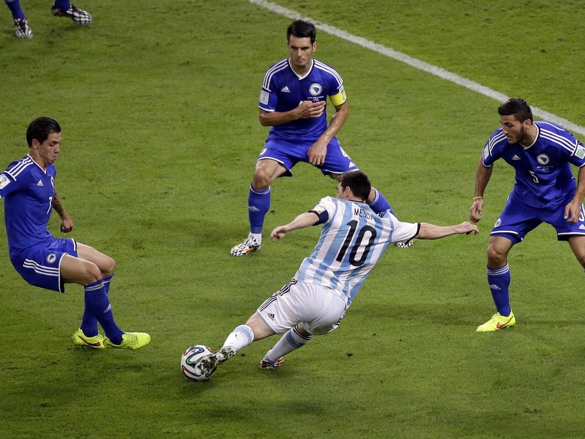 Gol de Messi a Bosnia - 1152x864
