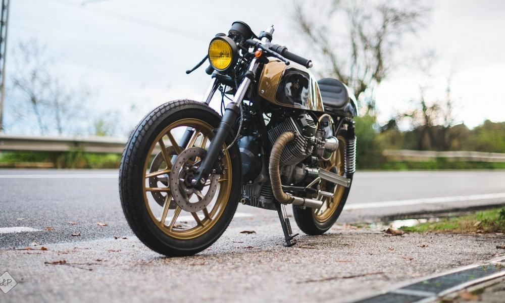 Moto Dorada - 1000x600