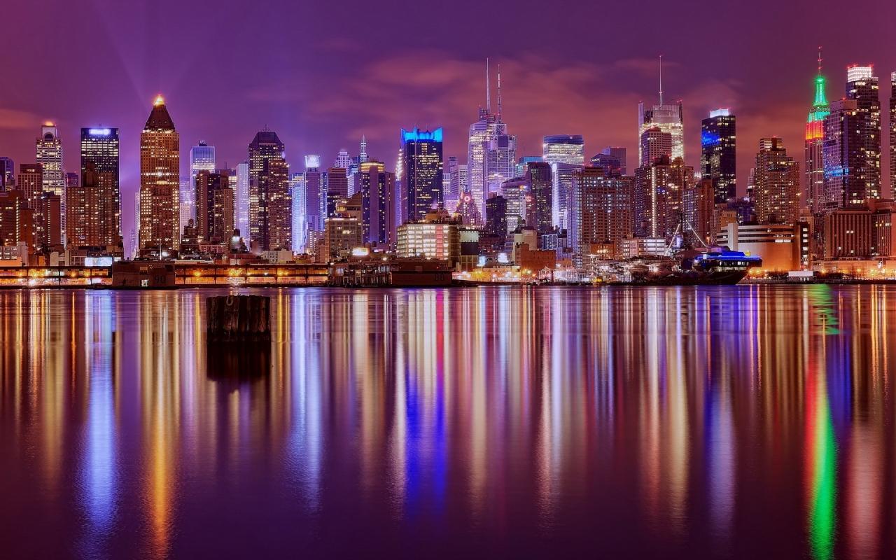 Reflejos de una ciudad - 1280x800