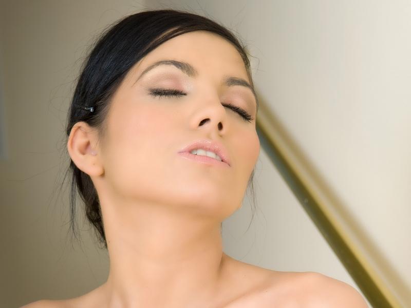 Rostros hermosos de mujeres - 800x600
