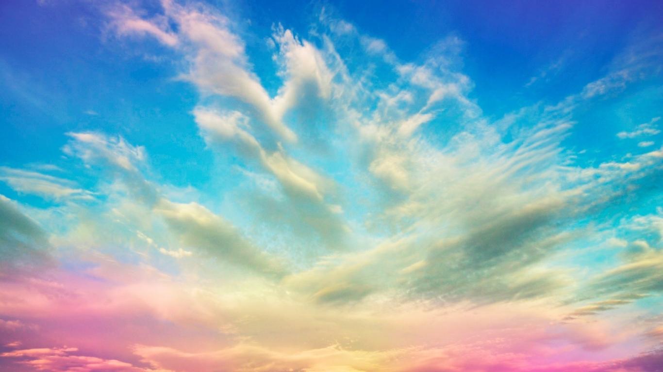 Un cielo de colores - 1366x768