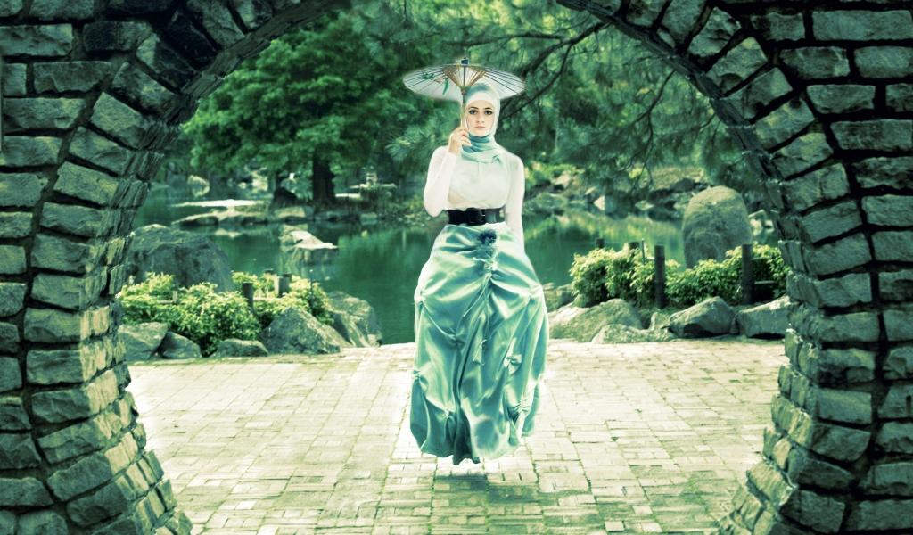 Una mujer flotando - 1024x600