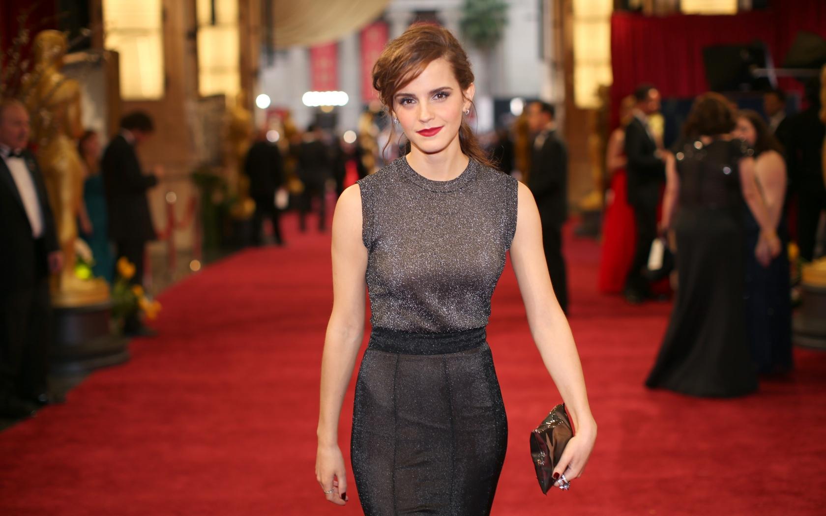 Emma Watson en Hollywood - 1680x1050
