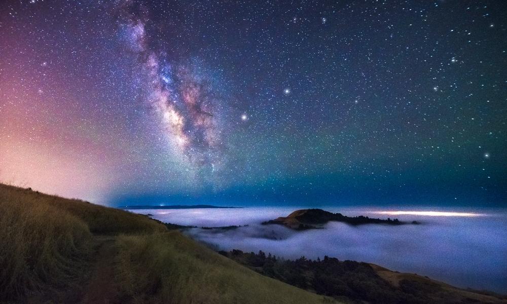 Estrellas y Galaxias de noche - 1000x600