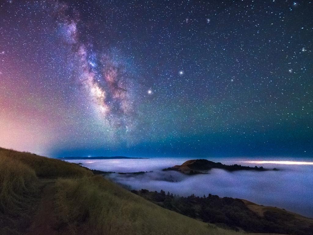 Estrellas y Galaxias de noche - 1024x768