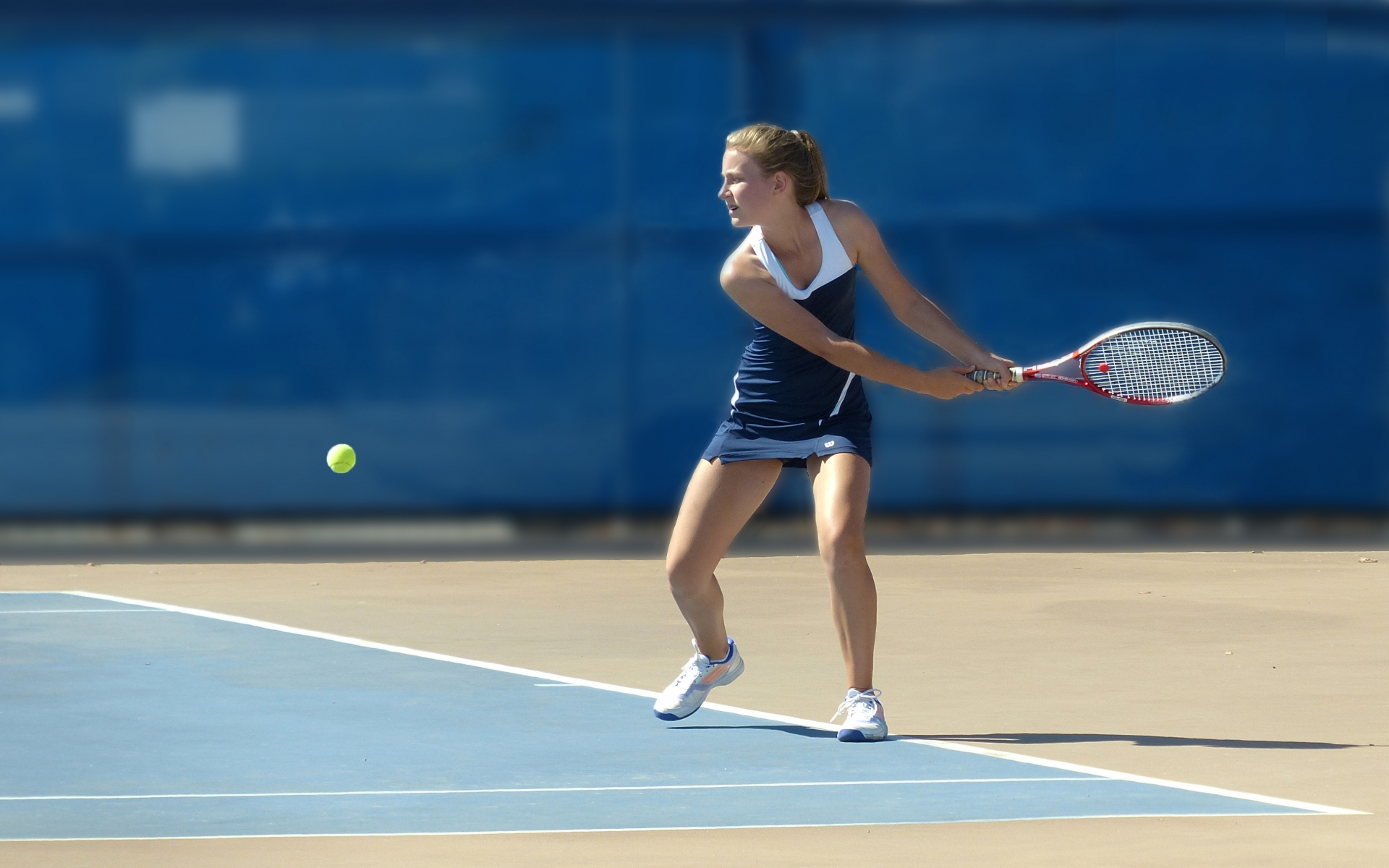 Chicas jugando tenis - 1920x1200