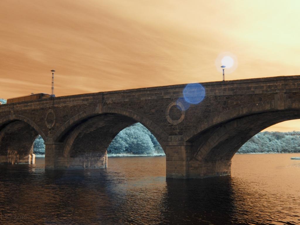 Puentes y puestas de sol - 1024x768