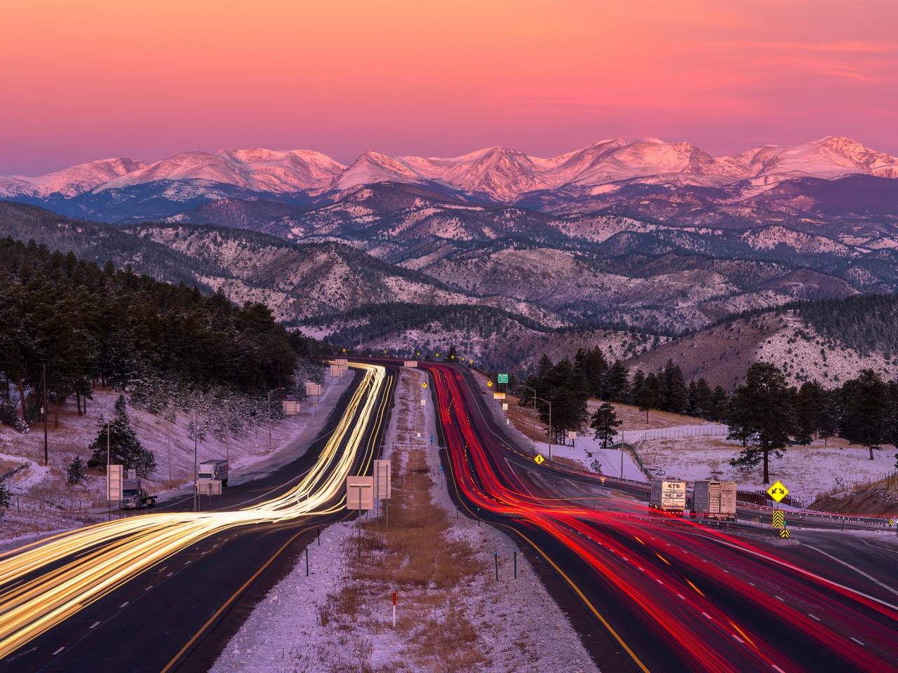 Una bella fotografía en una carretera - 1280x960