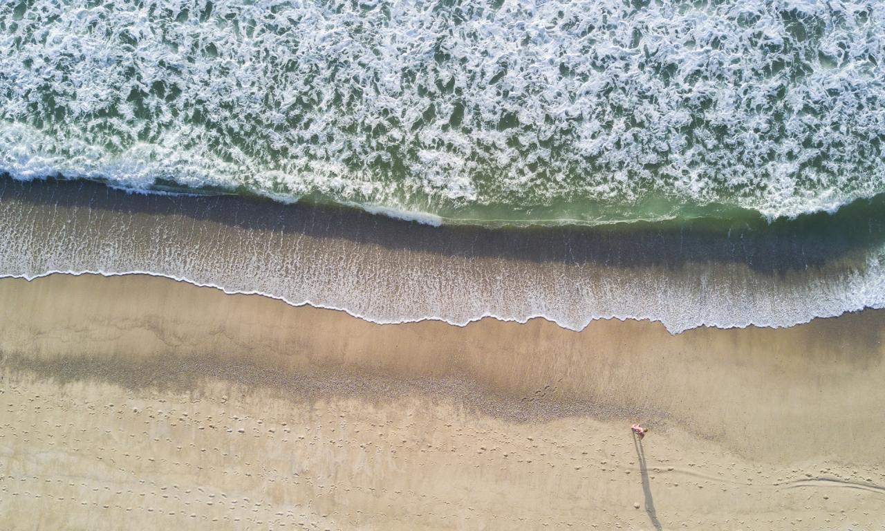 Vista de Playas de drones - 1280x768
