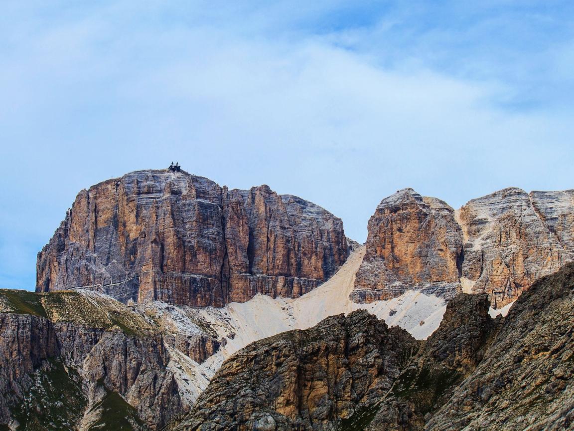 Grandes montañas - 1152x864