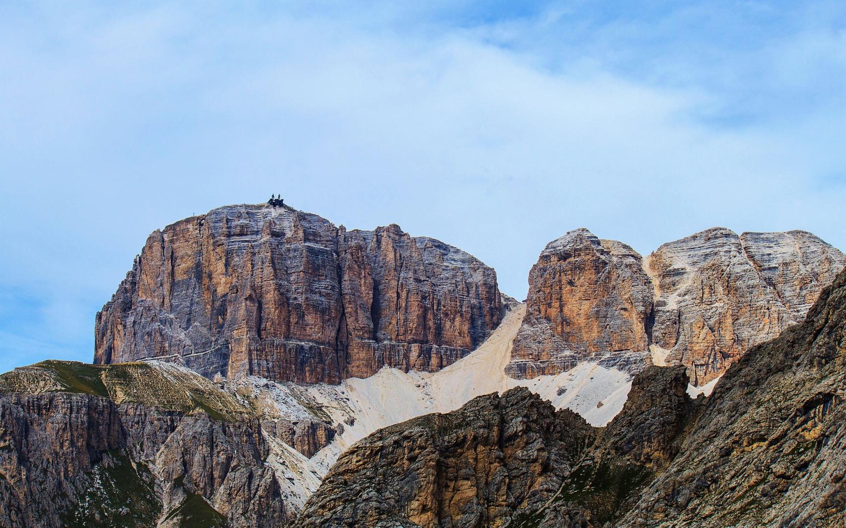 Grandes montañas - 1680x1050