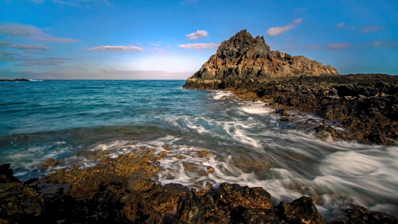 Isla de Lobos en España - 1366x768