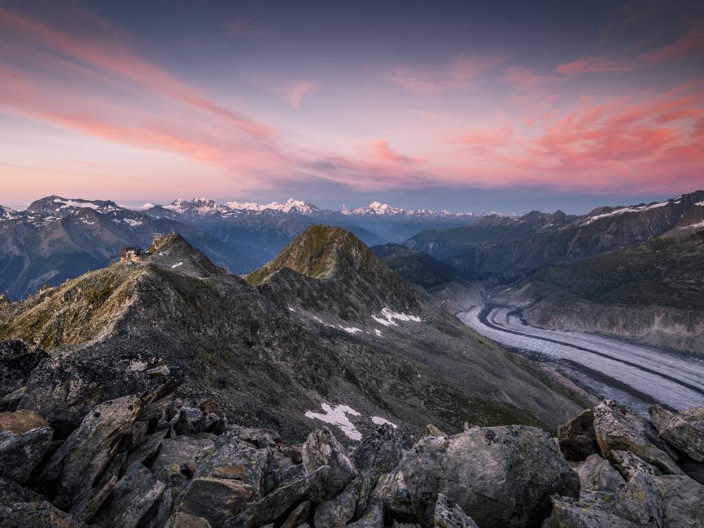 Montañas en los Alpes - 1024x768