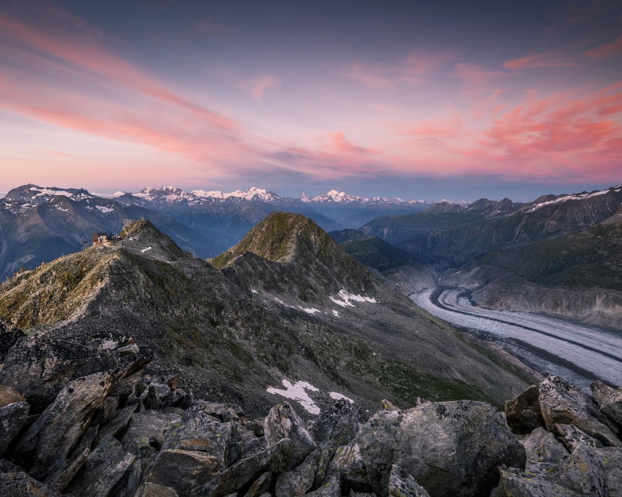 Montañas en los Alpes - 1280x1024