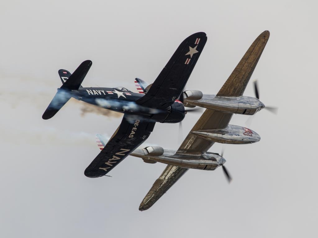 Avionetas de Guerra - 1024x768