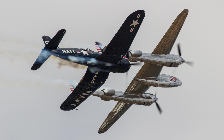 Avionetas de Guerra - 1440x900