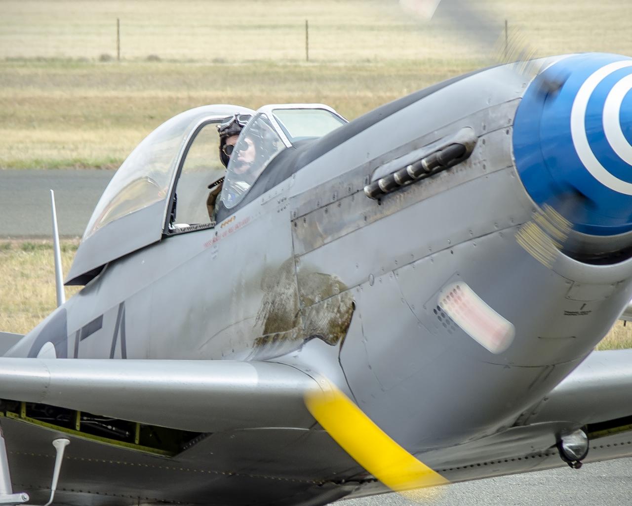 Avionetas  P-40N - 1280x1024