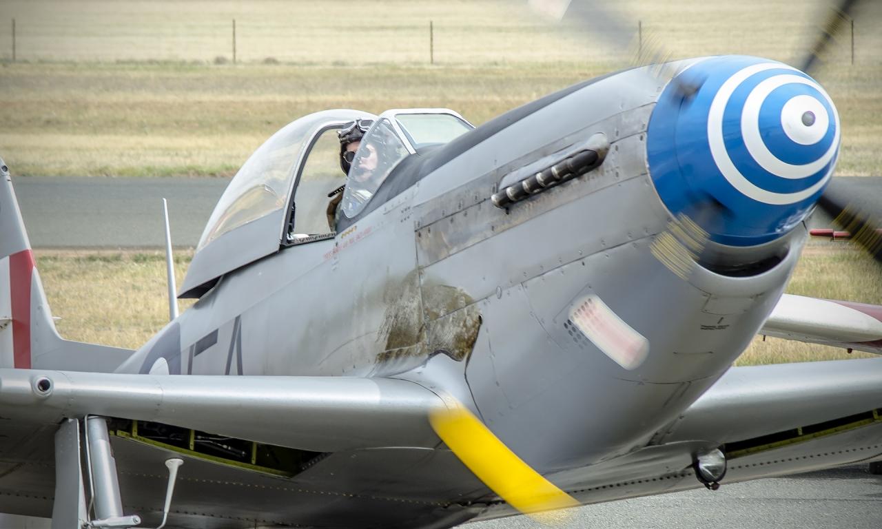 Avionetas  P-40N - 1280x768
