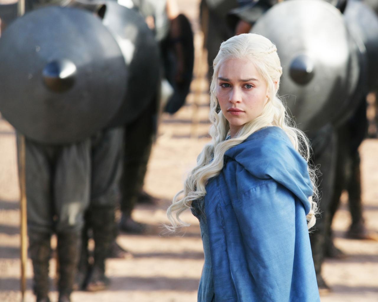 Daenerys Targaryan y los soldados - 1280x1024