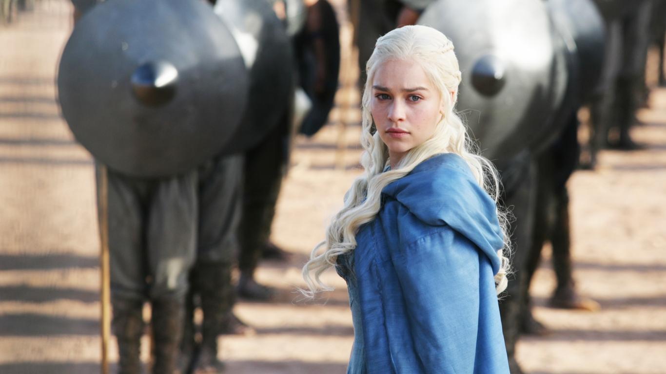 Daenerys Targaryan y los soldados - 1366x768