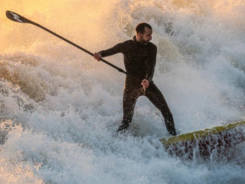En las olas - 800x600