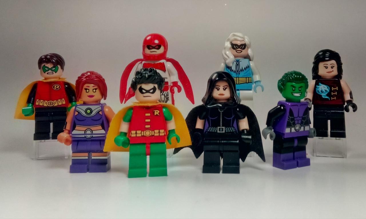 Muñecos de lego de super héroes - 1280x768