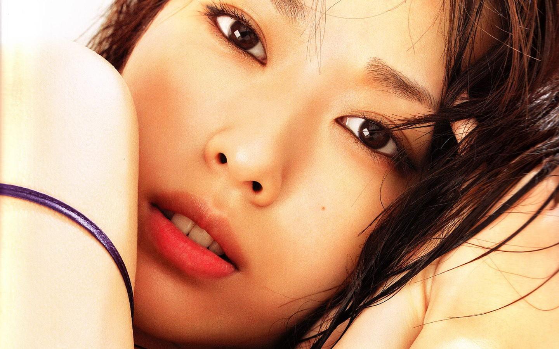 Rostro de chica asiatica - 1440x900