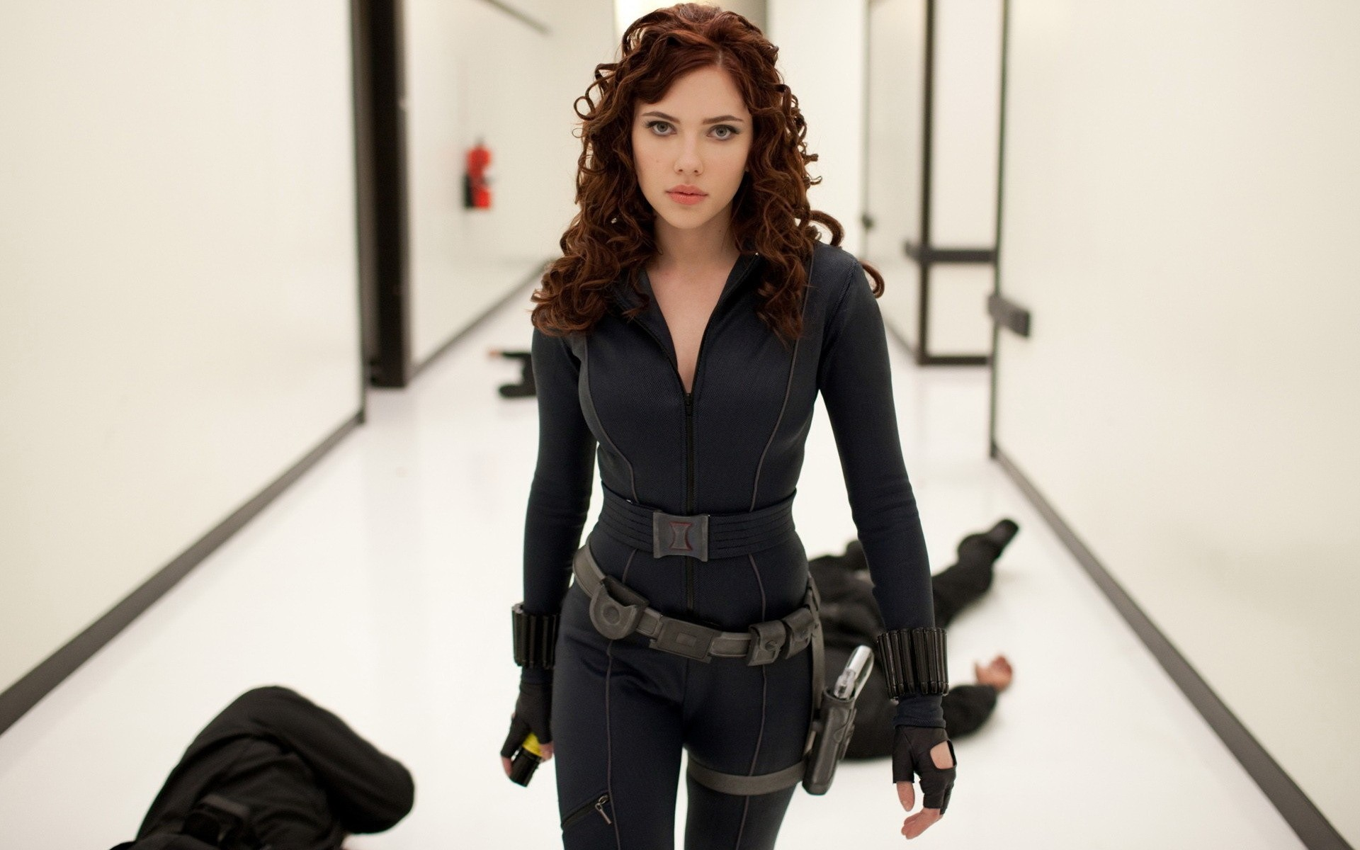 Scarlett Johansson Iron Man - 1920x1200