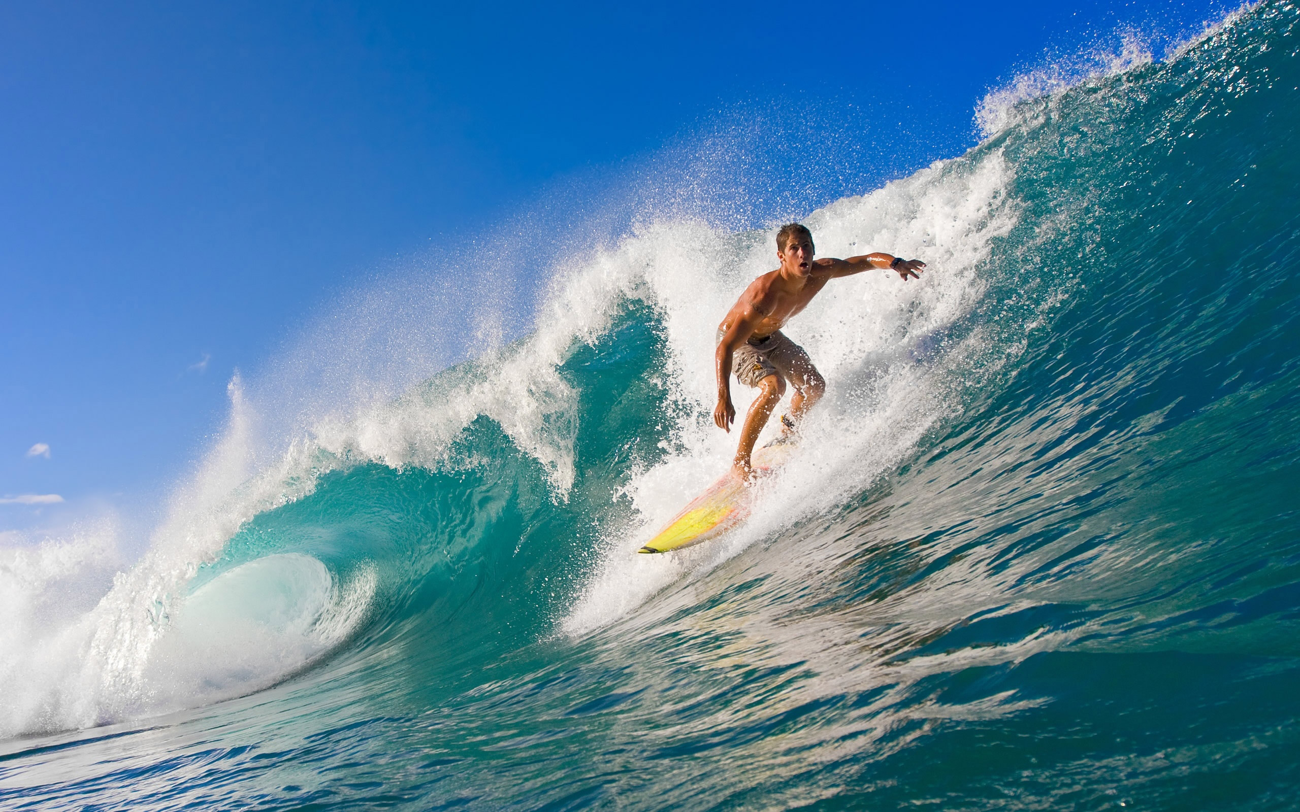 Tablista en surfing - 2560x1600