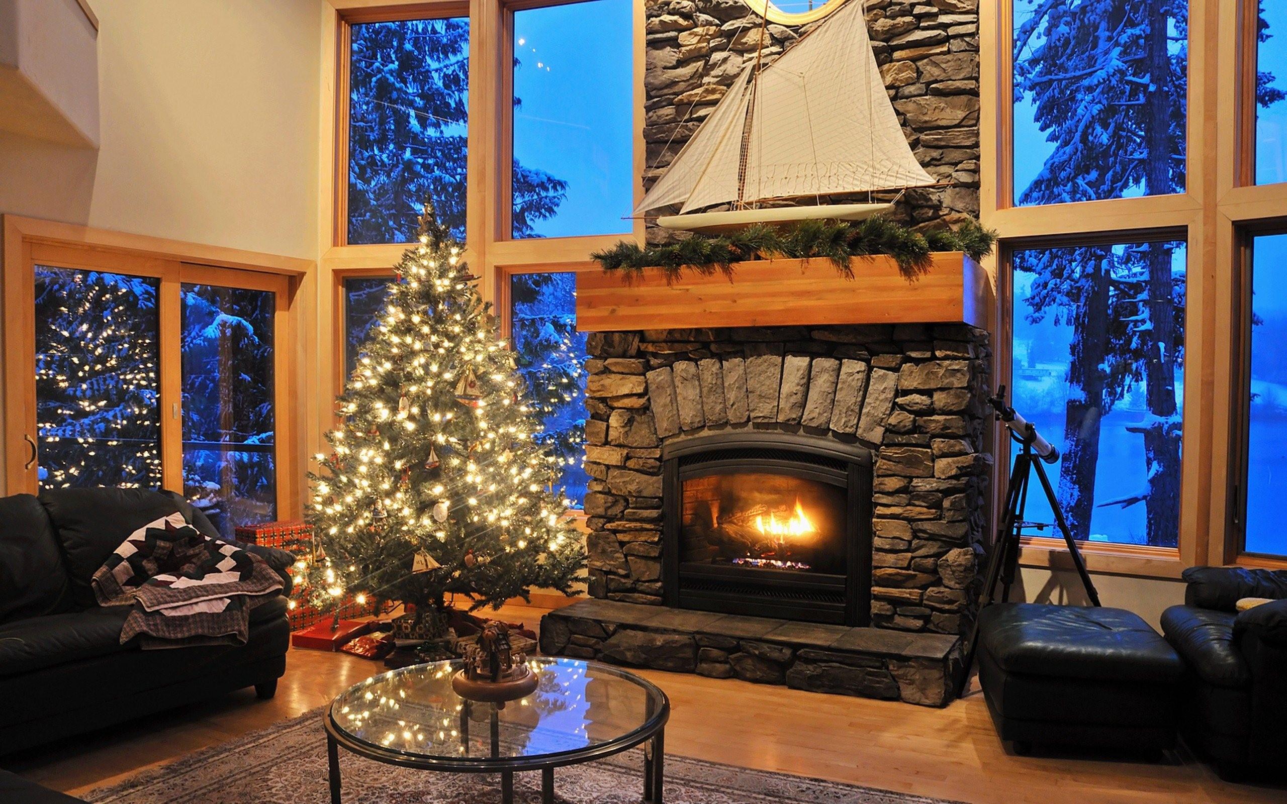 Una cabaña en navidad - 2560x1600