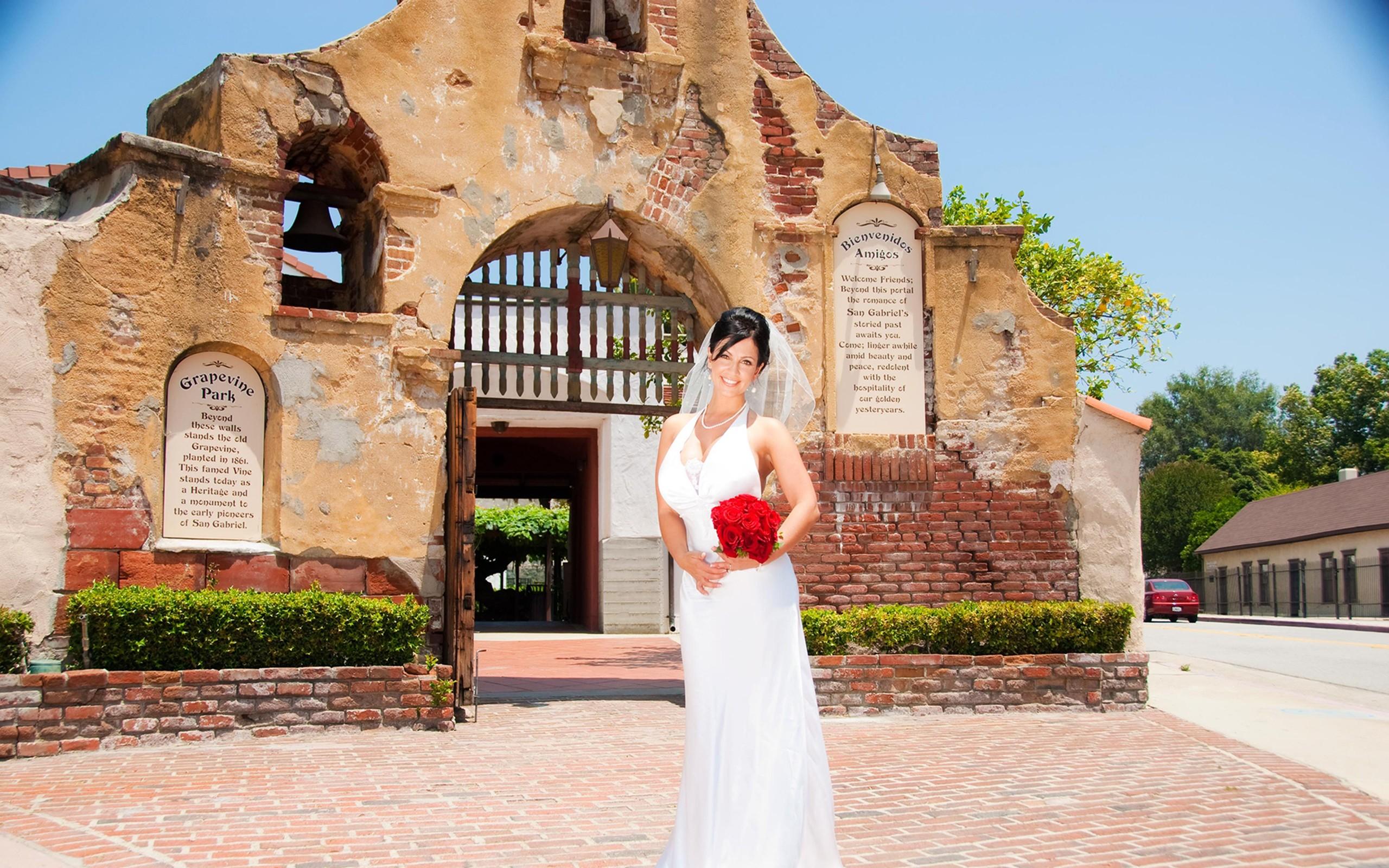 Vestidos de novias para chicas - 2560x1600