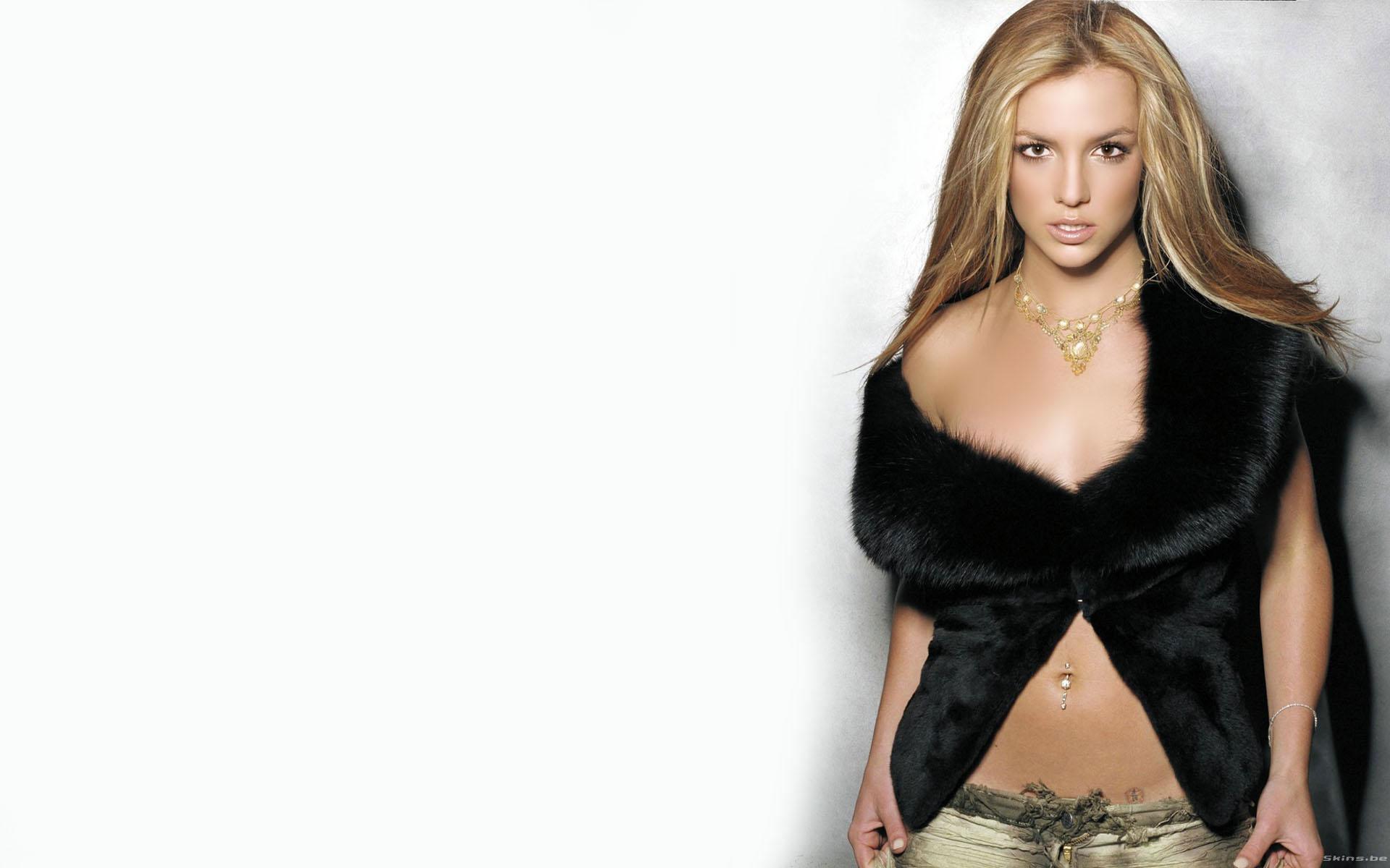 Britney Spears sensual - 1920x1200