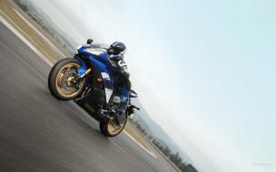 Moto Ninja Yamaha azul