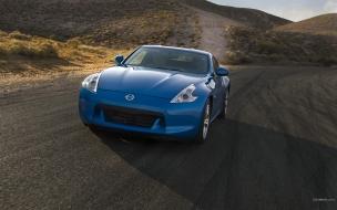 Nissan 370Z azul