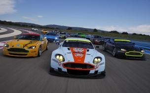 Autos Aston Martin