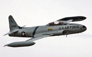 Avión T-33