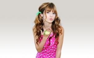 Chica asiática bella