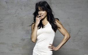 Michelle Rodriguez vestidos