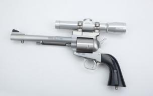 Modelo 3D de revólver