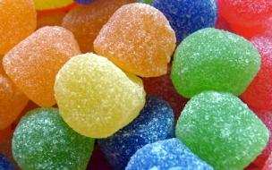 Dulces gomitas de colores