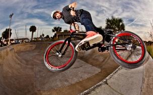BMX en un Skatepark