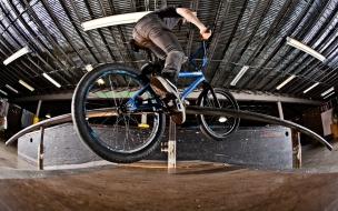 Doble Peg con BMX