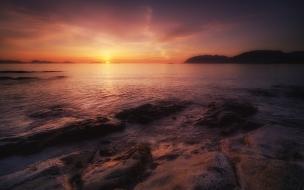 Puesta de sol en playa